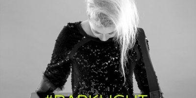 Floraleda Sacchi a distanza di due anni dall'ultimo album torna con DarkLight