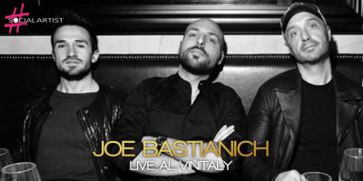 Joe Bastianich live al Vinitaly nella veste di cantante