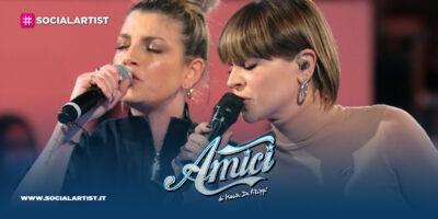 Amici 20, Emma e Alessandra Amoroso si esibiscono durante l'ottava puntata del pomeridiano